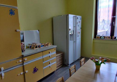 Die Küche mit Essbereich